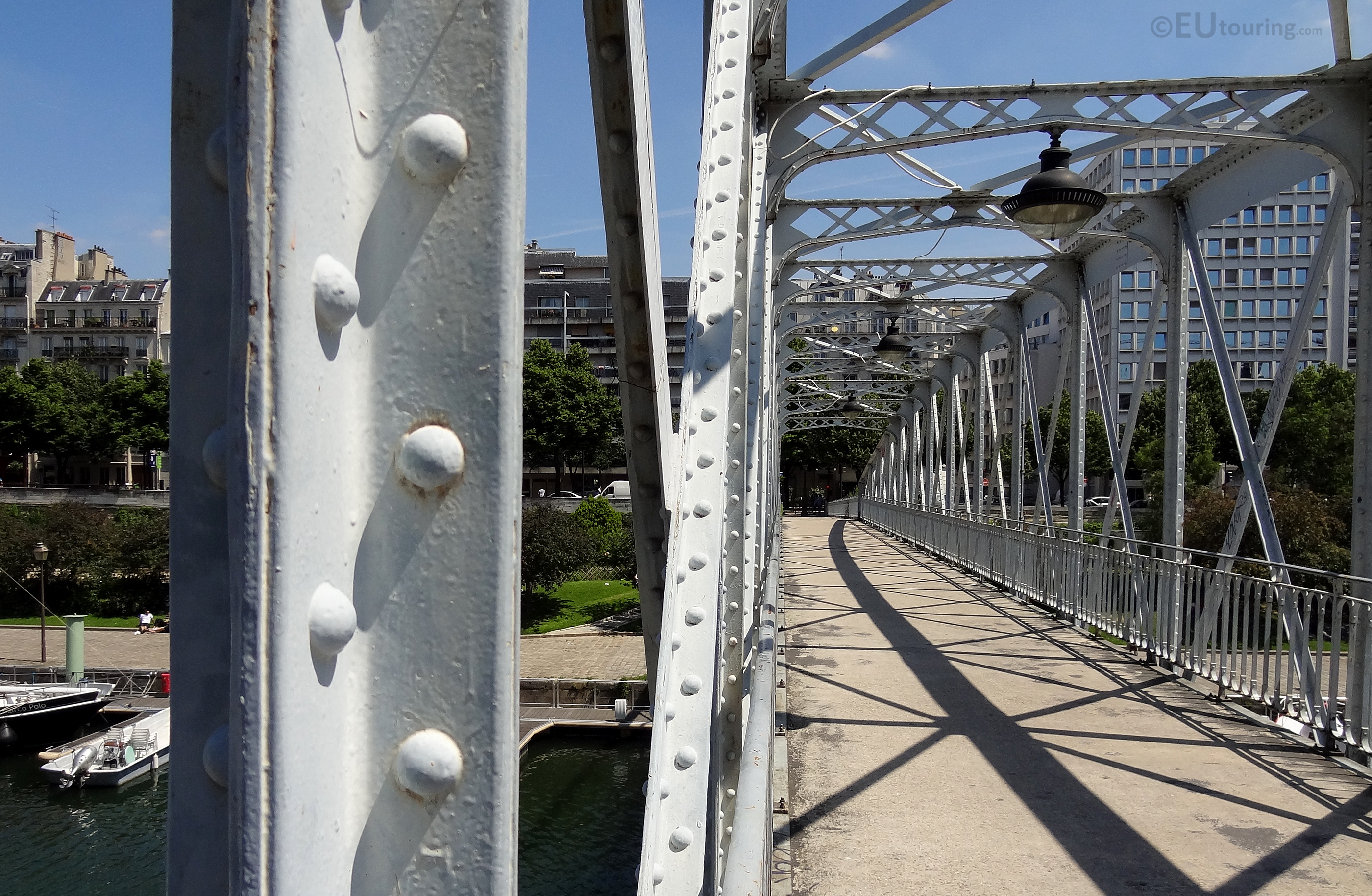Metal work of the Passerelle Mornay
