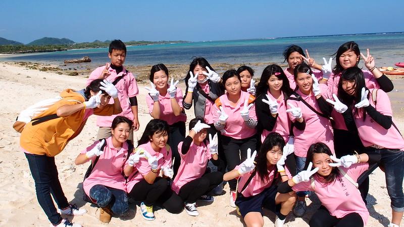 在地高中生也自發參與本次行動。