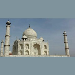 #tajmahal #indian #1millionmiles #nofilter comment if you like. follow me on Www.stateofwanderlust.com