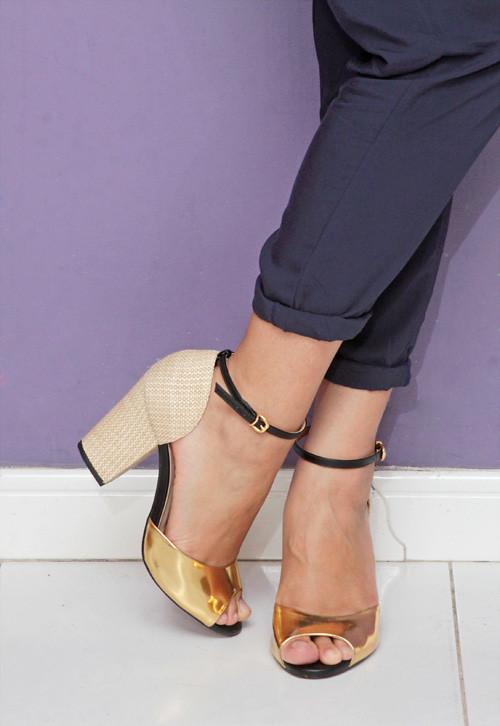 sandália rafia cecconello