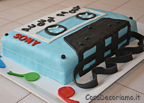 Torte - 24 - Torta musicassetta