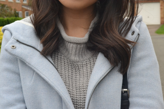 Daisybutter - UK Lifestyle and Fashion Blog: what i wore, baby blue hooded zara coat, topshop jamie ripped knee jeans