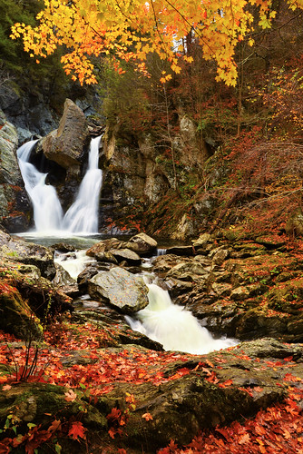 longexposure usa fall waterfall nikon unitedstates massachusetts wideangle foliage berkshires mountwashington d610 bashbishfalls