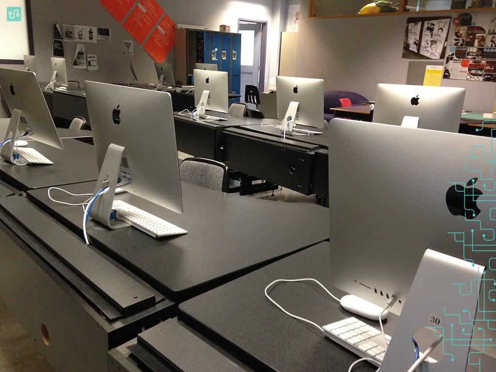 Sala de aula do curso de Design Gráfico