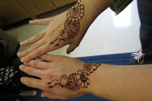 Henna of Ana and Me