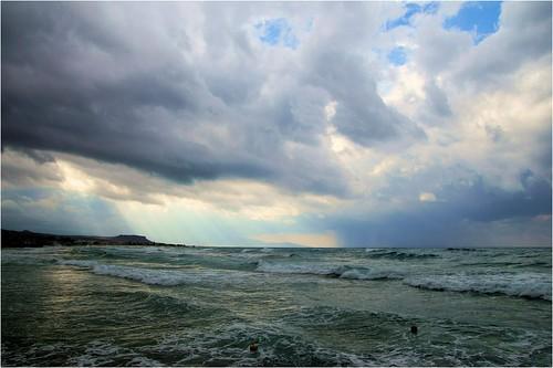 sea sky weather loft clouds iso100 sony kreta greece 1750 20mm f80 lucht tamron griekenland 1400 a57 kriti κρήτη ελλάδα σύννεφα θάλασσα tamron1750 sonyalpha tamronspaf1750mmf28xrdiiildasphericalif katogouves cloudhunting sonyphotographing αέρα slta57 α57