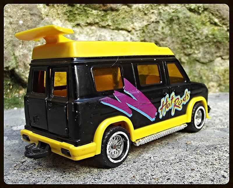 N°3024 US Van 15501922366_fbfcbb3528_c