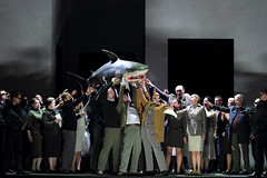 Shark and the chorus of Idomeneo in Martin Kušej's production of Idomeneo © ROH.Catherine Ashmore 2014