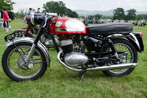Royal Enfield 250cc Turbo Twin Sports (1966)