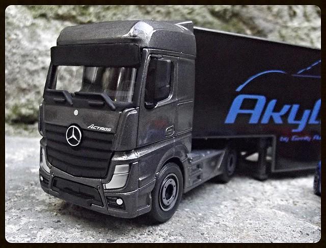 N°3A97 Mercedes-Benz  Actros Akylone. 15610079182_1fe970979d_z