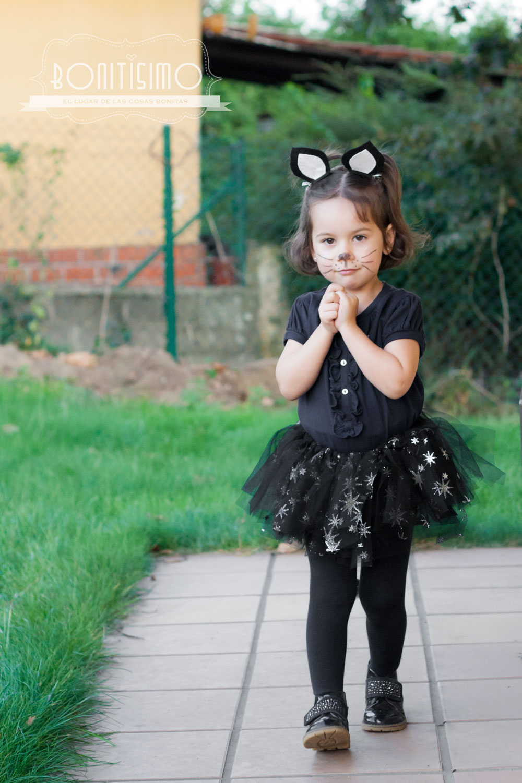 si tenis que preparar un disfraz para halloween hoy os enseo uno muy fcil el disfraz de gato que le hice a mi hija el ao pasado