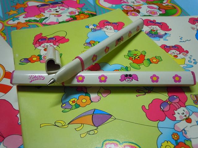 Poochie 80s Heartshaped Pens
