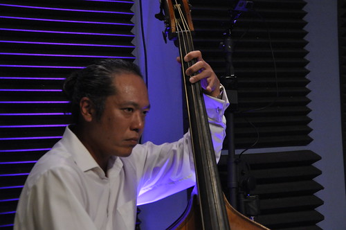 Nobu Ozaki performs with Frank Oxley and the Joint Chiefs of Jazz.  Photos by Leona Strassberg Steiner.