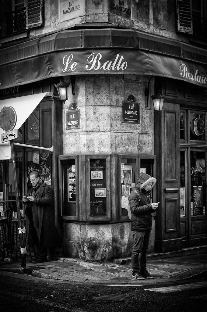 Paris : Perdu dans le même décor