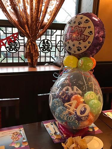 Kadoballon 40 Pak Boli Spijkenisse met Ballon bovenop