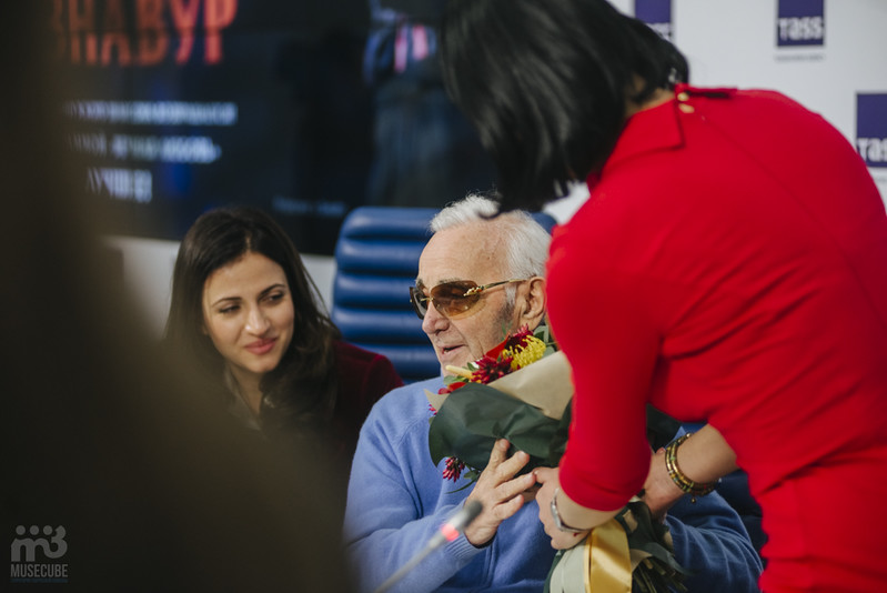 Шарль Азнавур пресс-конференция ТАСС (54)