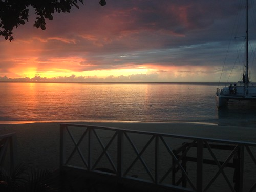 sunset holiday beach island sandals calm jamaica catamaran caribbean redsky montegobay allinclusive