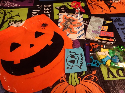 Dino Drac Funpack Oct. 2014 Goodie Bag
