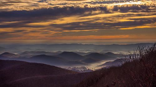 usa america sunrise landscape dawn nc moody cloudy scenic northcarolina scenary smoky boone blueridgemountains sunup blueridge sunscape mountainous