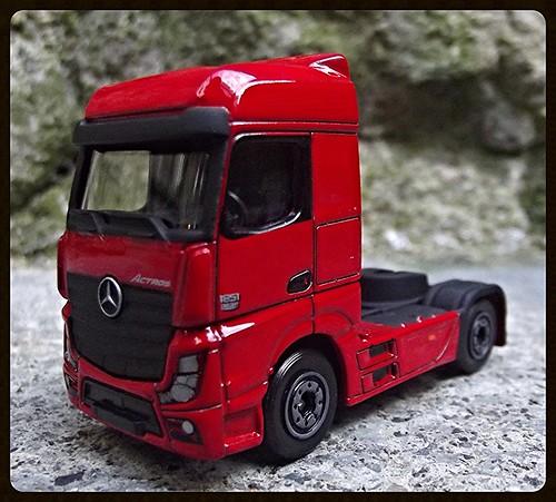 N°623/612 Mercedes Actros pompier Grande echelle. 15437534439_6fb6c7bb1a