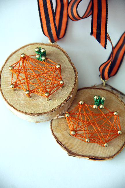 Pumpkins-with-Ribbon2