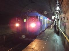 JR西日本時代の筒石駅。JR時代には交直両用の電車(写真は413系)が走っていたが、気動車に置き換えられることになった。
