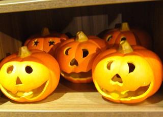 Pottery pumpkins
