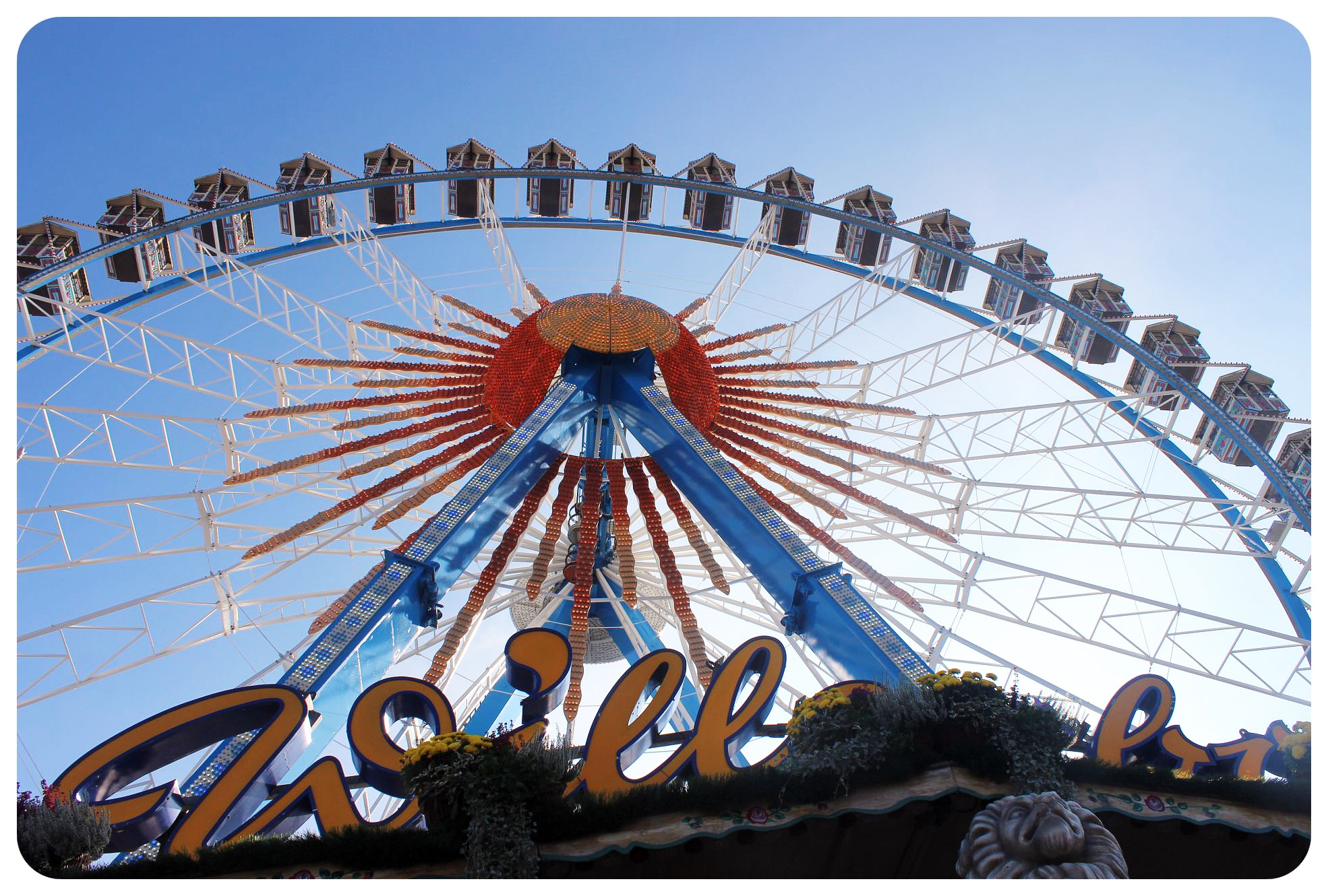 oktoberfest ferris wheel munich