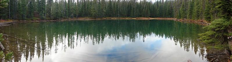 Unnamed Lake along the Yoran Lake Trail