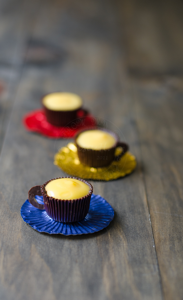 Lemon curd in chocolate cups