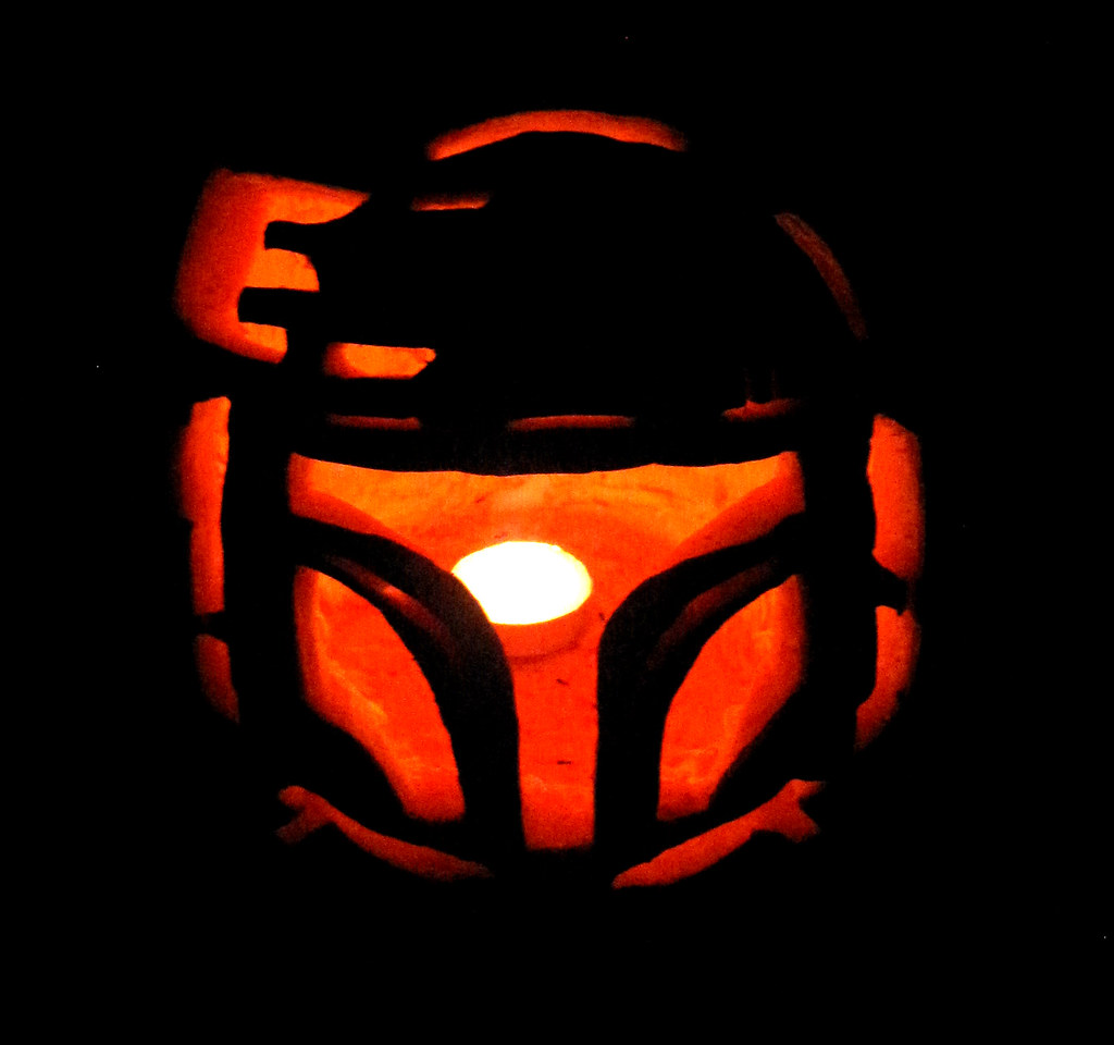 "The 2nd Annual "" TIG STAR WARS PUMPKIN CARVING CONTEST "" begins ... - Page 2 15588567862_141bbd9246_b"