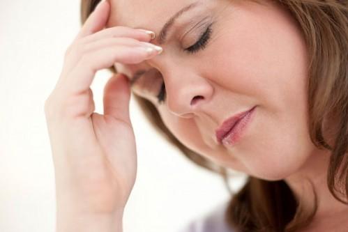 Phụ nữ trên 40 tuổi dễ mắc bệnh sỏi mật - túi mật
