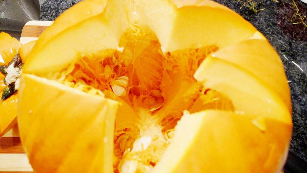 Roasted Pumpkin Seeds Recipe Instanomss nomss.com