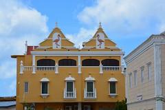Colonial buildings at Kralendijk (Bonaire 2014)