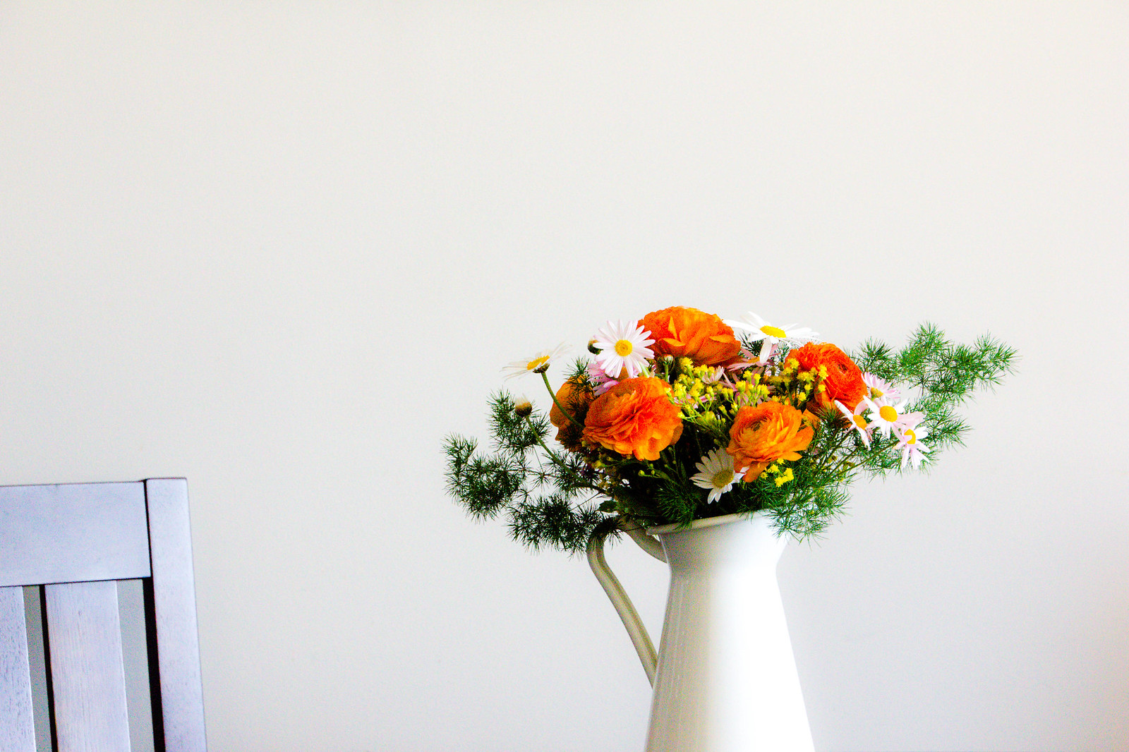 table-floral-arrangement
