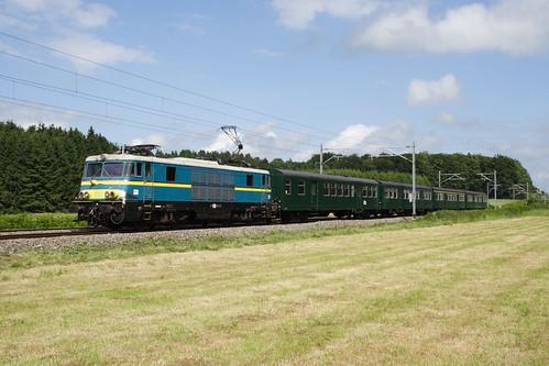 20080628 034 Nollevaux. PFT TSP Adieu Aux Locomotive Série 15. 1501 E18502 15.10 Florenville - Namur