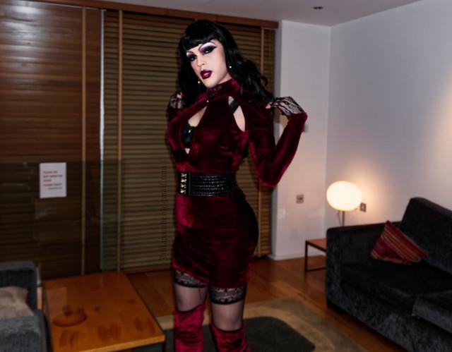 Gothic diva in red velvet