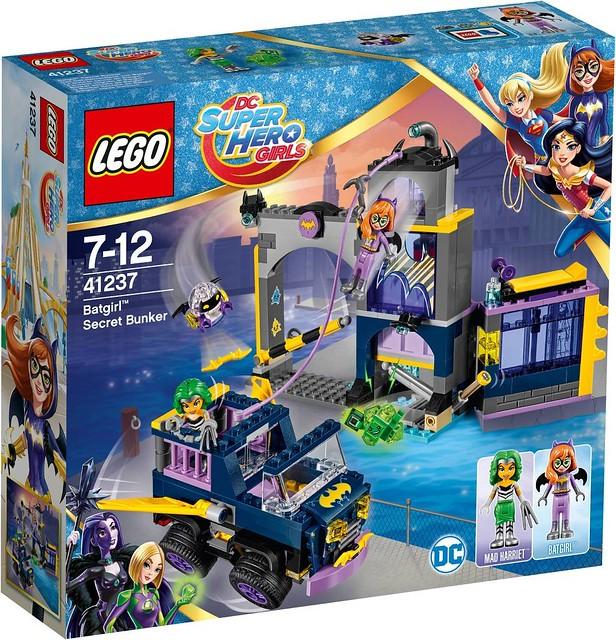 41237 Batgirl Secret Bunker 1