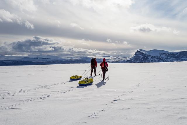 Skiing into Sarek